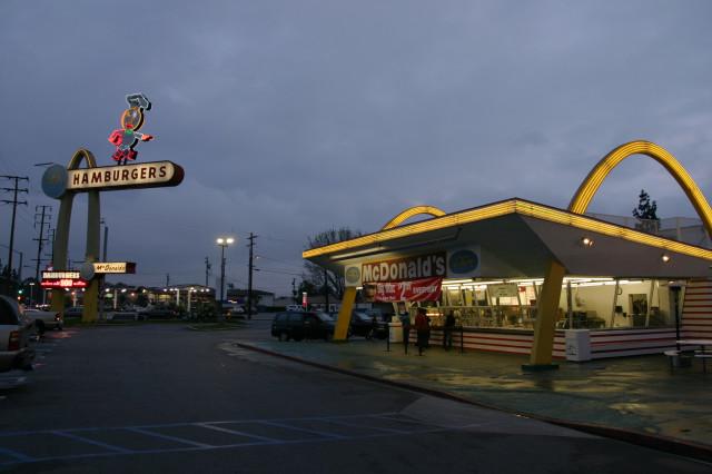 McDonald's più vecchio del mondo (3)