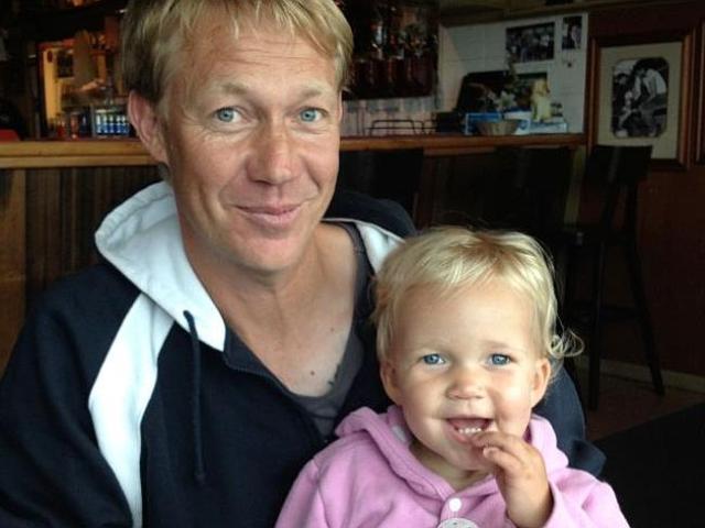 Si innamora del donatore di sperma che le ha dato una figlia (3)
