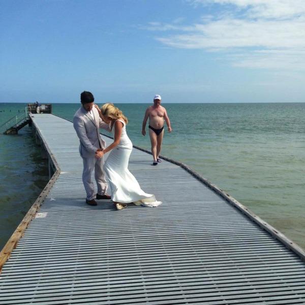 I migliori photobomber ai matrimoni (8)