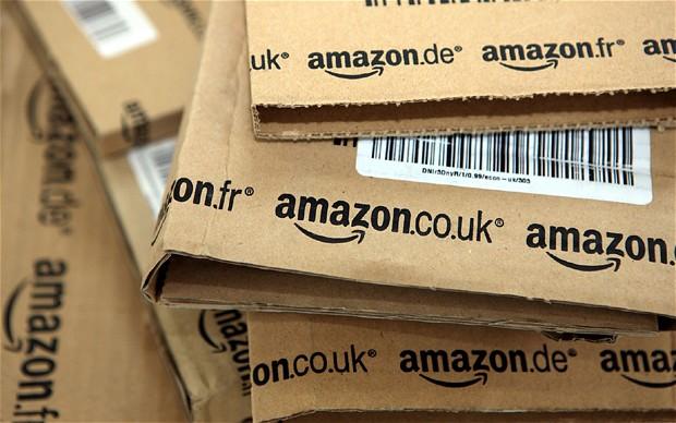 Riceve 51 pacchi da Amazon per sbaglio a causa di un bug del PC