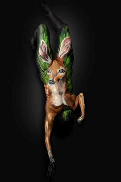 Shannon Holt - body painter, ritratti di animali su corpi umani (1)