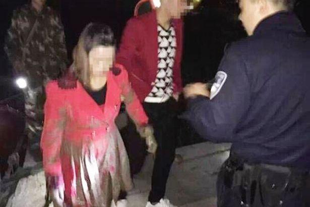 Si gettano nel fiume ragazza ed ex di un ragazzo cinese per vedere chi avrebbe salvato (2)