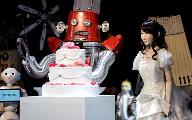 Giappone, primo matrimonio robot al mondo