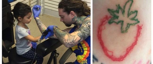 si-fa-tatuare-dalla-figlia