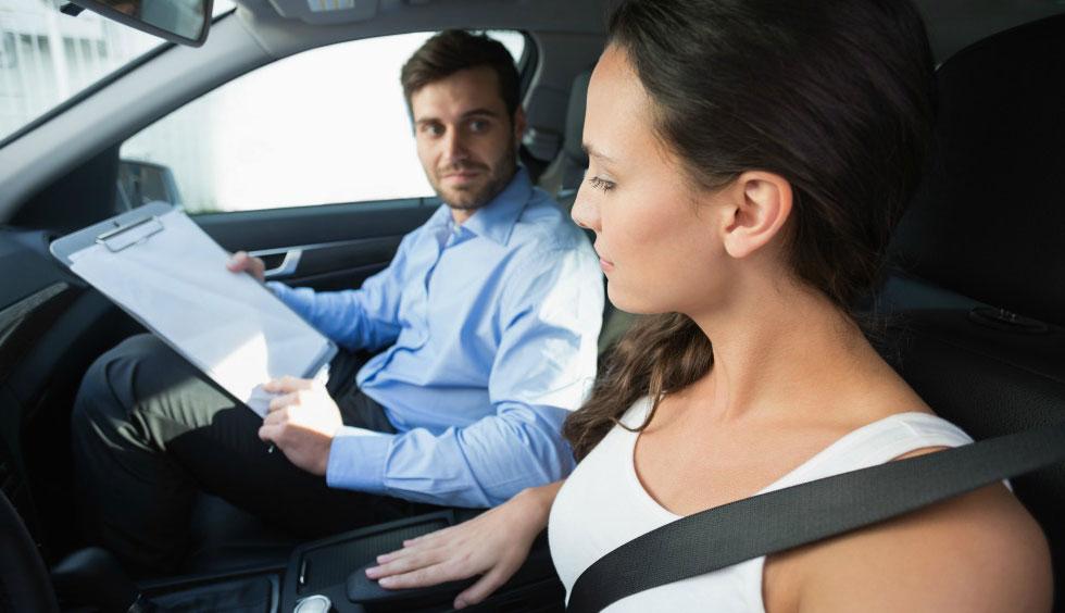 Nei Paesi Bassi è legale offrire lezioni di guida in cambio di sesso