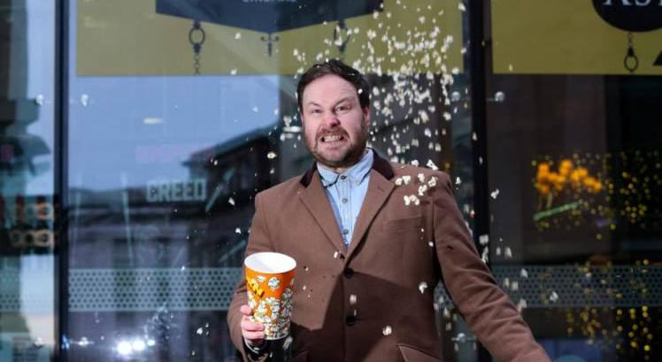 Cerca di bandire i popcorn al cinema; siete d'accordo?