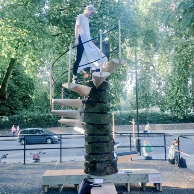 20-invenzioni-del-2015-scalini-per-albero-portatili-2