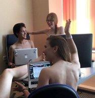 bielorussi lavorano nudi9