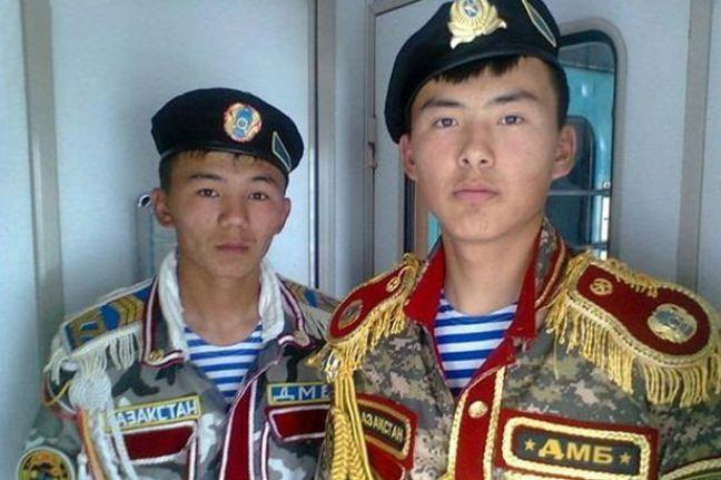 divise militari Kazakhstan