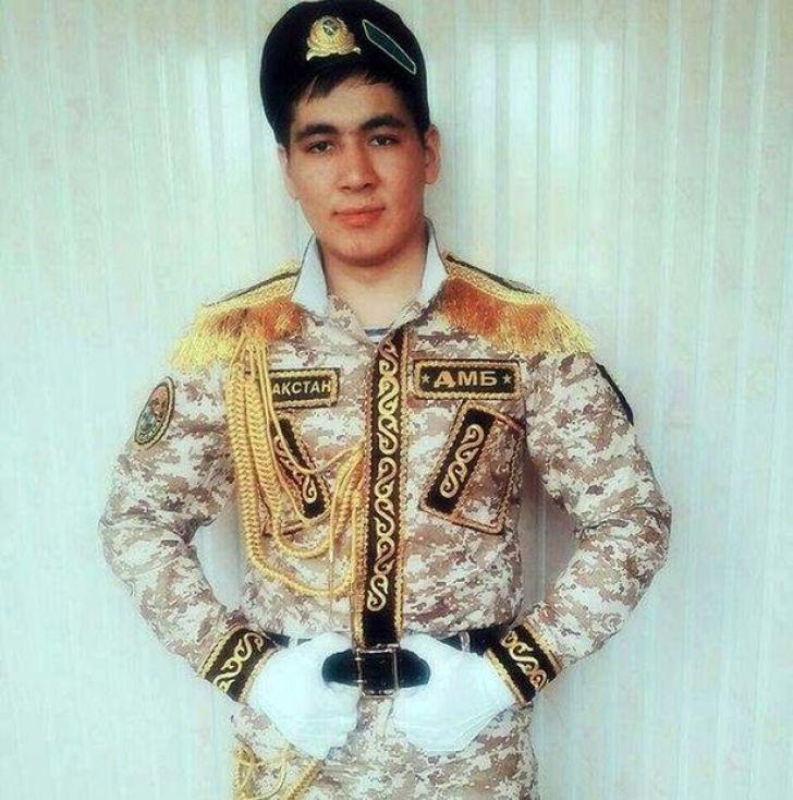 divise militari Kazakhstan4