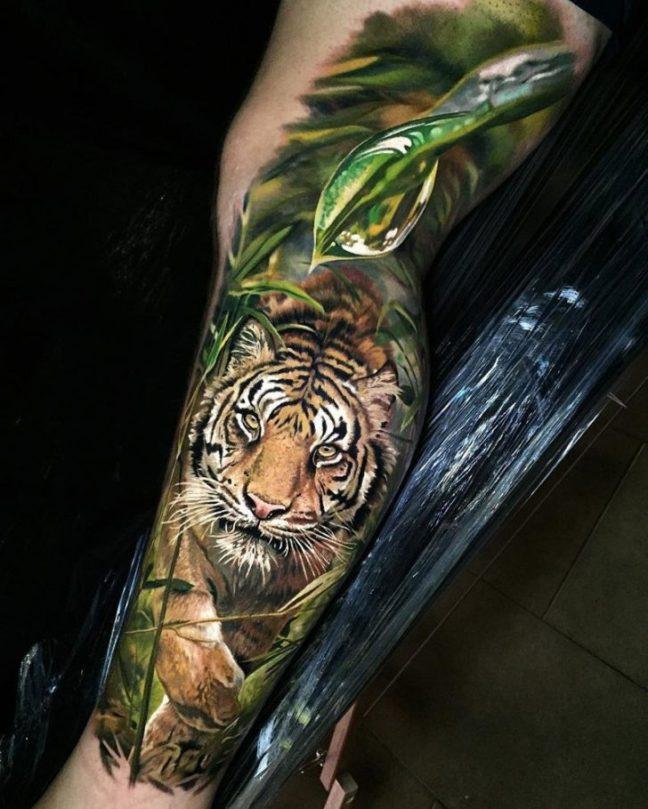 Tatuatore autodidatta crea tatuaggi iper realistici che sembrano foto