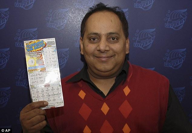 Vince un milione di dollari alla lotteria: muore avvelenato