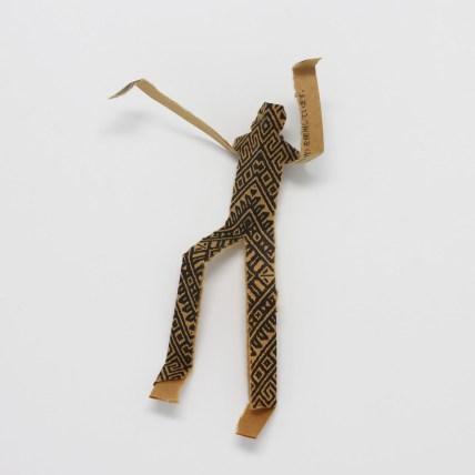 mostra-sculture-carta-bacchette-12