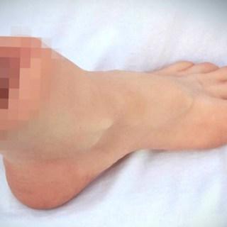 Vajankle, il sex toy a forma di piede con una vagina al posto della caviglia