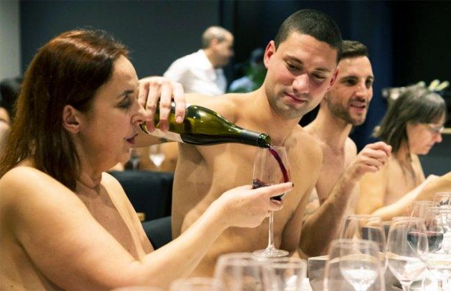 ristorante-per-nudisti
