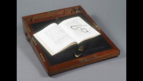 Jane Austen writing desk absürdizi.com