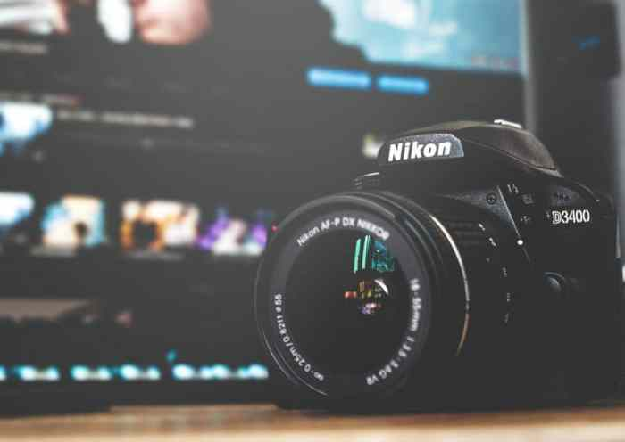 Best Cameras for Vlogging in 2020 – Reviews & Buyer's Guide