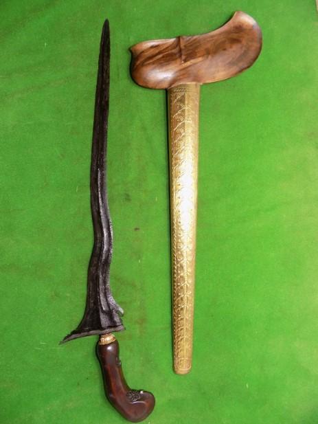 Senjata Tradisional Sulawesi Tengara