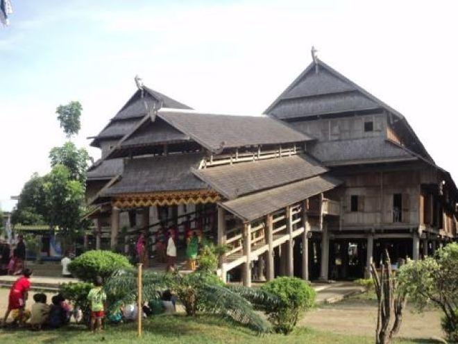 gambar rumah adat unik