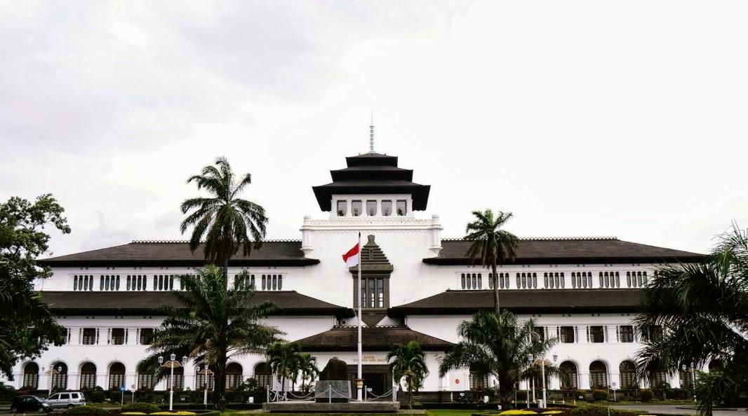 Gambaran Umum Kota Bandung