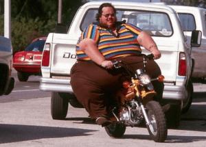 tips kaos untuk orang gemuk