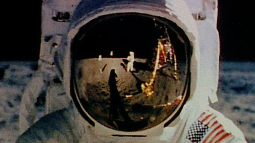 moon apollo 11 faked - photo #36