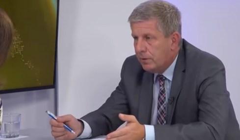 farmaceutické firmy slovenský ministr