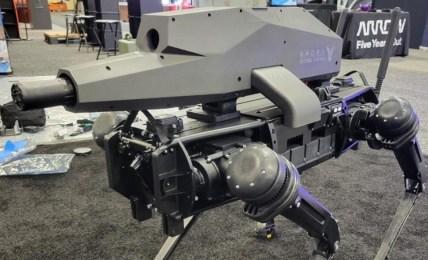 robotický pes zbraň