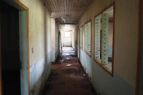 Pavilhão da Unidade Mista de Saúde em CZS está interditado e cozinha funciona em antigo box da PM