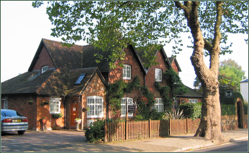 Bed And Breakfast Canterbury Acacia Lodge And Tanglewood