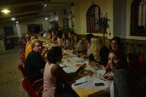 Dinner with local specialities with a group of language students of the Spanish, English and German courses in summer