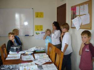 Spanish course for children kid's course at Academia Pradoventura in Prado del Rey, Andalucia