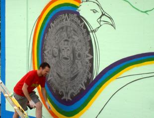 David guardia pintando un grafitti.