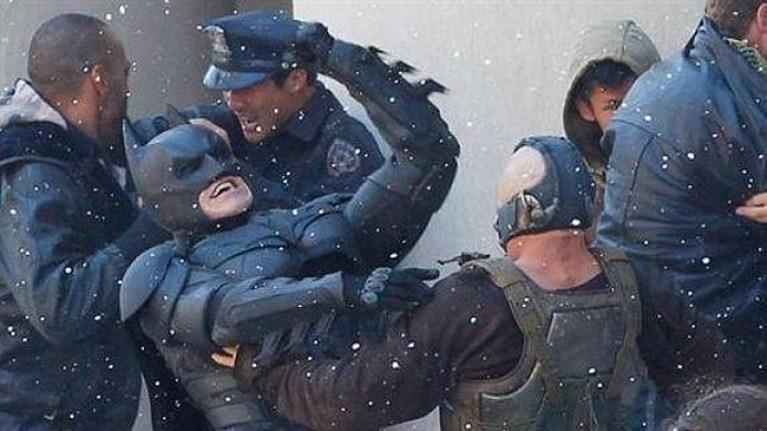 "Primeras imágenes de ""The dark knight rises"". Batman contra Bane."