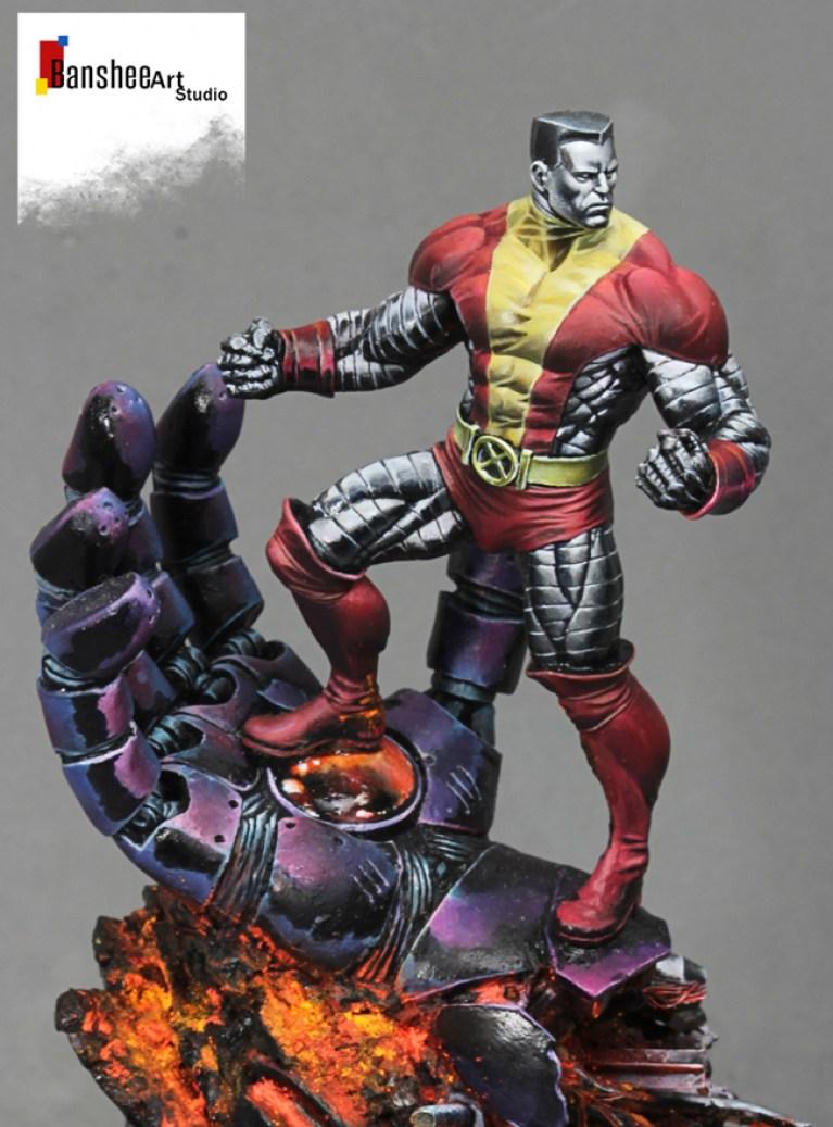 Escultura figura 3D de Hulk pintada a mano por el escultor y pintor Alonso Giraldez Banshee En MAdrid. España.