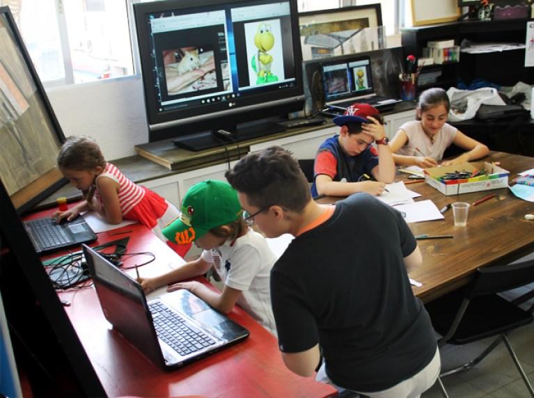 Cursos-Verano-Dibujo-Tradicional-Digital-Academia-C10-Madrid