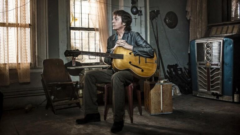 Paul McCartney-Academia C10