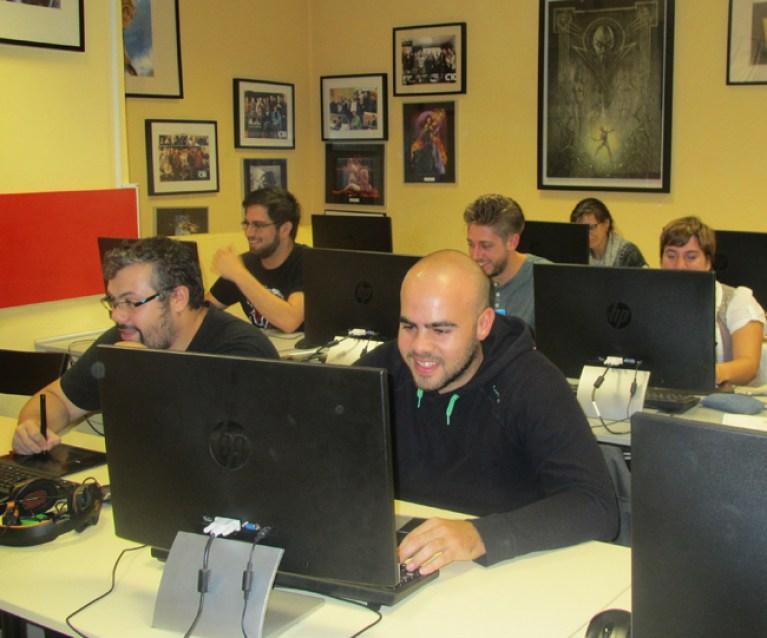 clases-directo-master-academiac10-alumnos-digital-dibujo-comic4