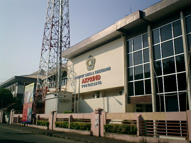 kampus akprind Jogja