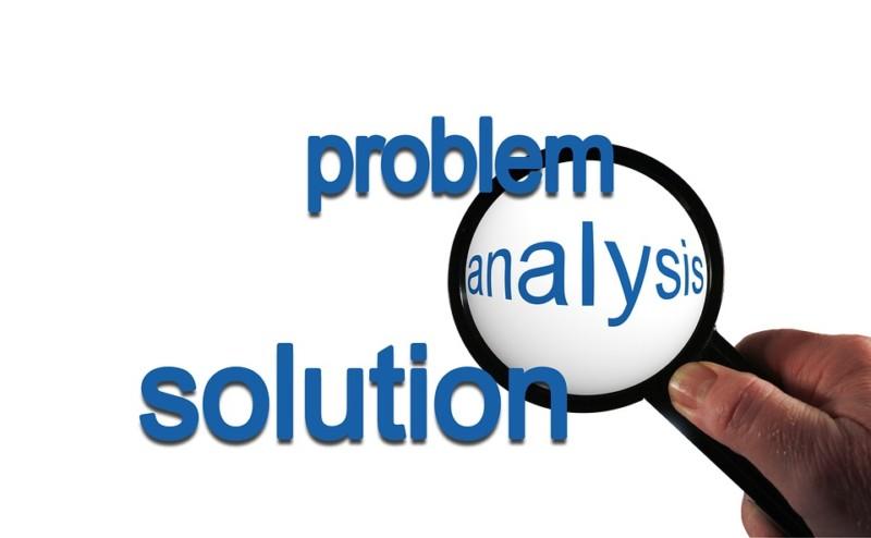 lulusan HI sebagai analisis problem