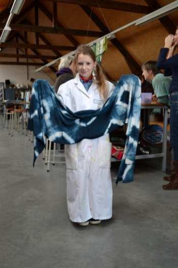 Nog een sjaal-kunstenares ;)