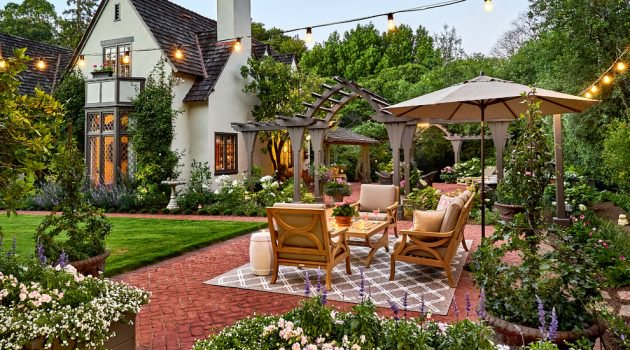 16-Dazzling-Traditional-Patio-Designs-Youll-Fall-In-Love-With-6-630x350.jpg