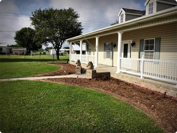 residential lawn & landscaping