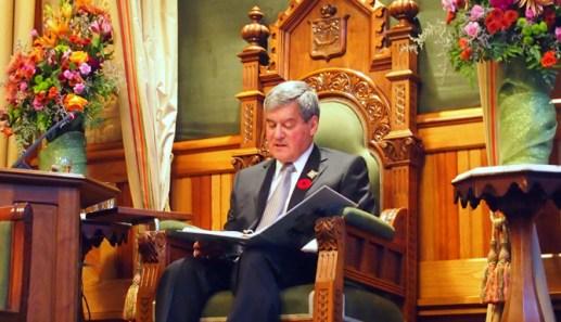 Le Lieutenant-gouverneur du Nouveau-Brunswick, Graydon Nicholas, a lu le Discour du Trône. - Acadie Nouvelle: Mathieu Roy-Comeau