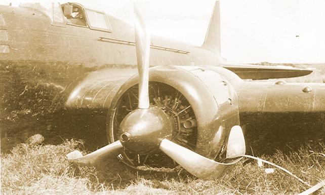 Il y a 80 ans, cet avion atterrissait d'urgence sur la plaine de Miscou avec à son bord, deux pilotes soviétiques. - Gracieuseté