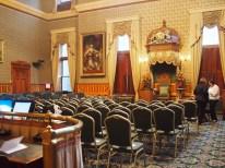 La sécurité a été renforcée à l'Assemblée législative en prévision de la cérémonie d'installation officielle de la nouvelle lieutenante-gouverneure Jocelyne Roy-Vienneau. - Gracieuseté