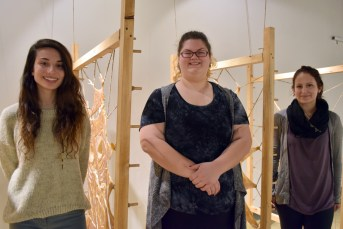 Chloé Gagnon, Paryse Daigle et Julie-PIer Friolet présentent l'exposition Trio à la Galerie Louise-et-Reuben-Cohen. - Acadie Nouvelle: Sylvie Mousseau