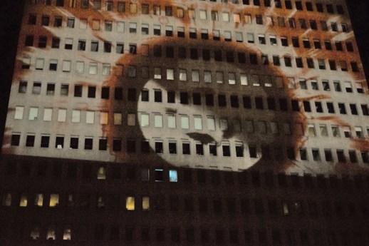 La projection de l'artiste Wasko sur l'édifice Assomption au festival Flash. Acadie Nouvelle: Sylvie Mousseau