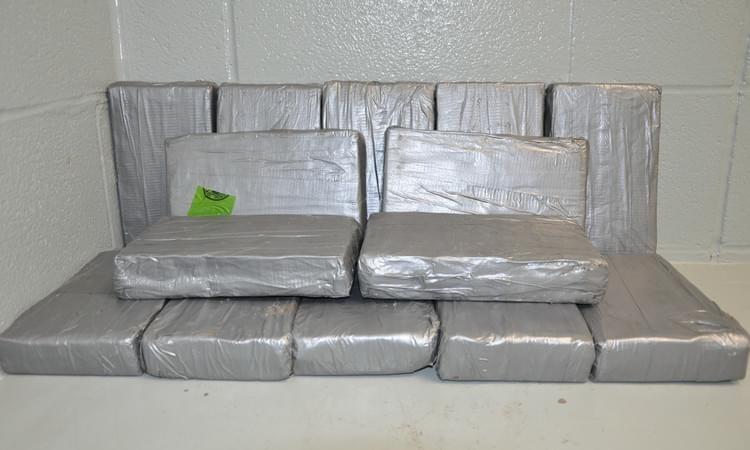 Les autorités américaines ont saisi 14 paquets de cocaïne dans les murs de la roulotte. - Archives