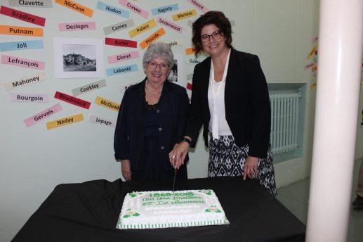 Marcelle Fafard-Godbout et Sylvie Daigle-McConnell ont coprésidé les célébrations du 150e anniversaire de la paroisse Saint-Léonard-Parent. - Acadie Nouvelle: Sébastien Lachance